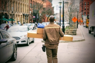 Parcel delivery companies UK