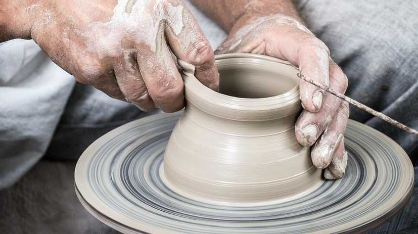 ceramic pottery throw